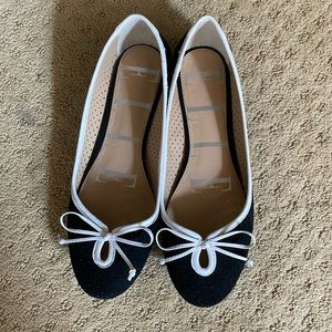 Almost new Elle flats